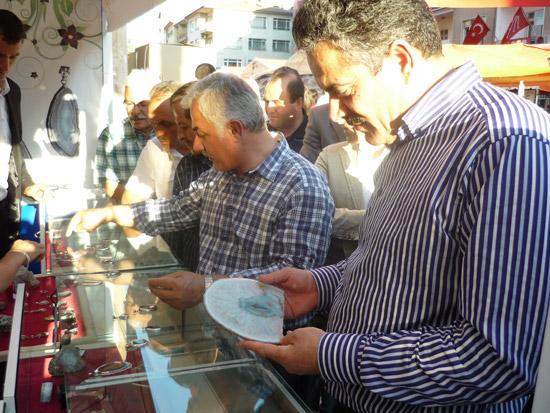 Haluk İpek Çubuk Kültür festivalini ziyaret etti