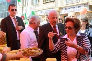 Ankara Valisi Festivali Ziyaret Etti