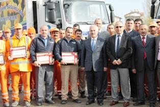 Çubuk Belediyesi Temizlik Personeli Altın ile Ödüllendirildi