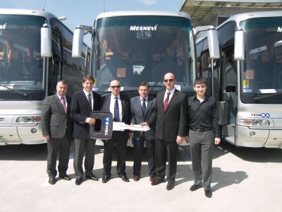 Mesnevi Turizm Filosuna 13 Yeni Otobüs Kattı