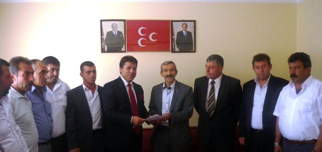 MHP ÇUBUK'TA YARIŞ BAŞLADI