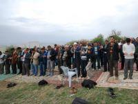 Çubuk'ta köylüler yağmur duasına çıktı