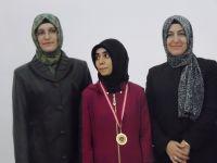 Çubuk Kız Anadolu İmam Hatip Lisesi birinci oldu