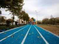Çubuk'ta park revize ve halı saha yapımı başladı