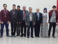 Çubuk'ta satranç turnuvası sona erdi