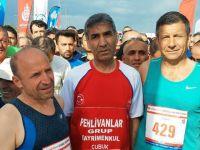 "BAYRAM AYDIN ""YARI İSTANBUL MARATONU'NDA 3. OLDU"