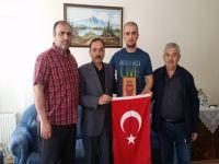 Terör Mağdurları Derneği Üyelerinden Gaziye Ziyaret