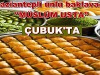 Müslüm Usta'da şimdiden bayram tatlıları için sıra başladı