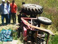 Kullandığı Traktörün Altında Kalan Muhtar ile Haberi Duyan Eniştesi Öldü