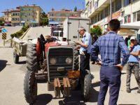 Çubuk'ta Traktörün Çarptığı Kadın Ağır Yaralandı