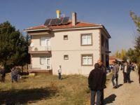 Çubuk'ta, evinin çatısından düşen 59 yaşındaki kişi hayatını kaybetti.