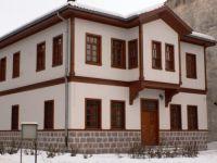 Tarihi Çubuk Evleri, aslına uygun restore ediliyor.