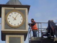 Meydan Saatleri Yenileniyor