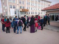 Öğrencilerden Suriyeli Çocuklara Yardım