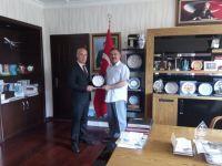 Ankara Yıldırım Beyazıt Üniversitesinden Başkan Acehan'a plaket