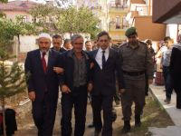 Yüksekova'da Şehit Olan Sözleşmeli Er Olcay Çelik'in Baba Evi