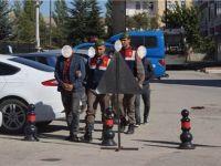 Çubuk'ta Hırsızlık Yaparken Yakalanan 2 Kişi Tutuklandı