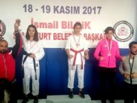 Budokaido Kyokushin'nde Çubuk'a 13 Madalya