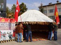 Kırgız Türkleri Mehmetçik için dua etti