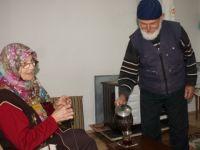 60 Yıllık Evli Çiftin Bitmeyen Aşkı