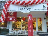 Erciyes Böreği'n sahipleri Burak ve Burkay Özgün'den Bayram Mesajı