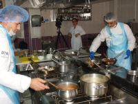 Aşçılar, ustalık ve kalfalık belgesi için ter döktüler
