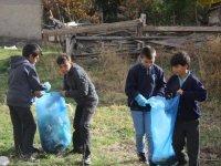 Çubuk'ta Öğrencilerden Çevre Temizliği