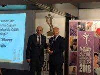 Prof.Dr.Dilaver Tengilimoğlu'na Bir Ödül Daha