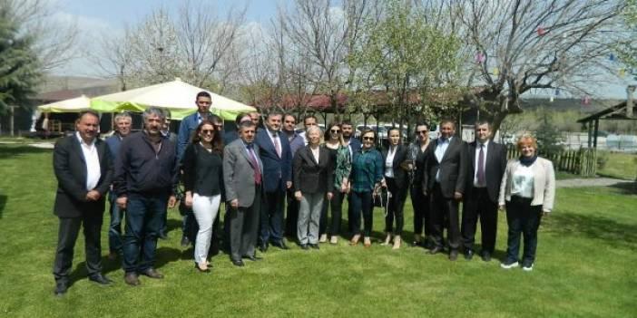 KADIN GİRİŞİMCİLER KURULU'NDAN ÇUBUK TİCARET BORSASI'NA ZİYARET...