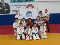 Çubuklu Minik Judoculardan 12 Madalya
