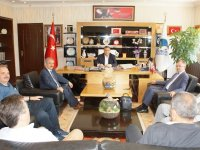 AYBÜ Dekan'ı Ünal, Başkan Demirbaş'ı ziyaret etti
