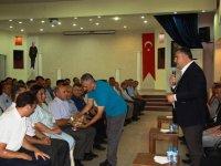 Başkan Demirbaş, belediye personeli ile bayramlaştı