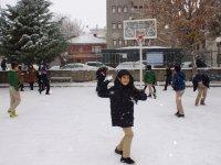 Çubuk'ta Kar Sevinci ve Karla Mücadele Hepsi Burada!