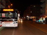 Çubuk'ta özel halk otobüsünün çarptığı 2 kişi yaralandı