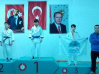 Çubuklu judoculardan 10 madalya