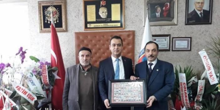 Edirne'ye Gitmek İsteyen Düzensiz Göçmenlere Ücretsiz Otobüs Hizmeti