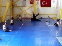 Çubuk'ta çocuklar için jimnastik kursu açıldı