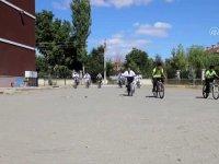 Çubuk'ta öğrenciler için tekvando kursu açıldı