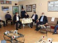 Çubuk Belediye Başkanı Demirbaş, Muhtarlarla Bir Araya Geldi