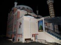 Çubuk'ta bir camiye yıldırım düştü