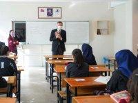 Milli Eğitim Bakanı Ziya Selçuk Çubuk'ta