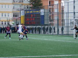 Çubukspor F.A.Ş. - Ezeli Rakibi T.M. Kırıkkalespor'u 2-1 Yendi