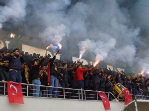 Futbolcular Uyuyor Çubukspor Taraftarı Tarih Yazıyor!