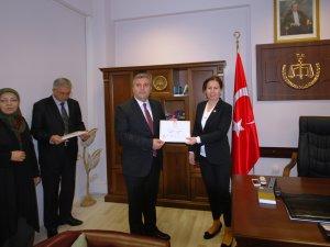 Çubuk Belediye Başkanı Demirbaş, mazbatasını aldı