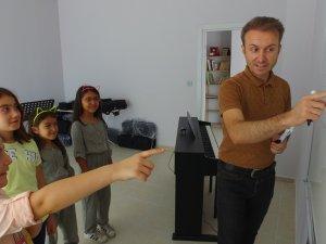 Şahinbaş Sanat Okulunda Çocuklarınız Sanatla Buluşuyor